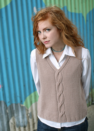 Cabled Vest Knitting Pattern Easy Vest Pattern Chic Knits Mondo