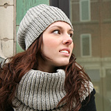 Chic Knits Super Cupcake Hat & Cowl Set